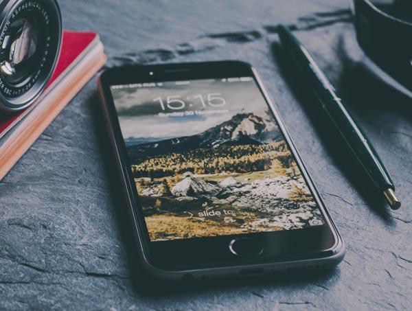 iphone-6-mockup-23